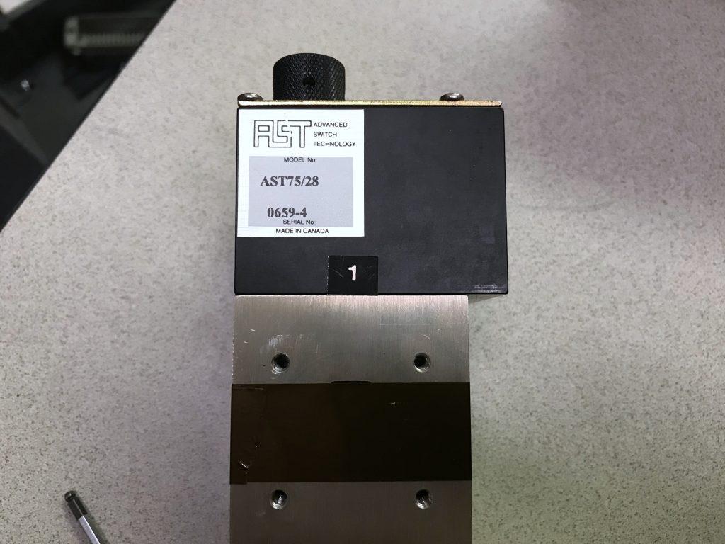 X20 Advance Switch Technology AST75-28 WR-75 Ku-Band Baseball Switch